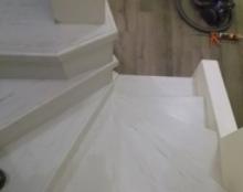 אלפי  מנשה מדרגות פרקט למינציה